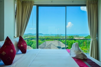 Family Suite with seaview