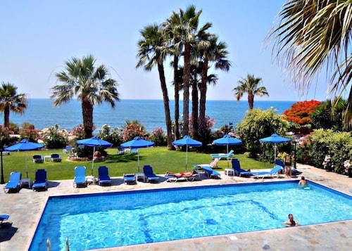 . Rododafni Beach Apartments