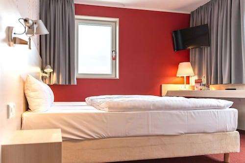 Serways Hotel Weiskirchen Nord, Offenbach