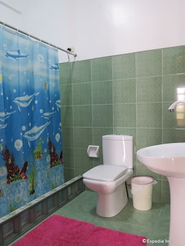 Alona Hidden Dream Resort Bohol Bathroom