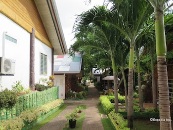 Alona Hidden Dream Resort Bohol Property Grounds