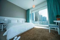 Deluxe Suite, 2 Bedrooms, Marina View