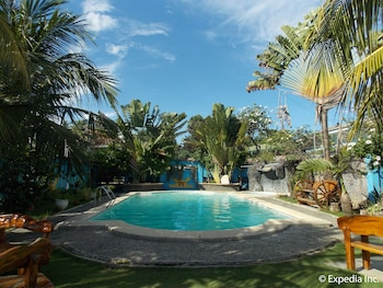 Woodruffs Beach Resort Argao Outdoor Pool
