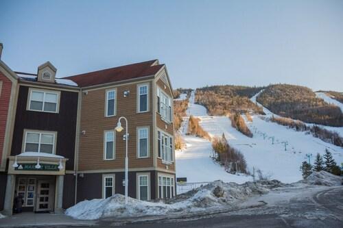 Marble Villa at Marble Mountain Resort, Division No. 5