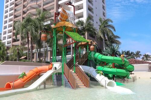 . Sunscape Puerto Vallarta Resort & Spa - All Inclusive