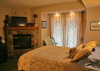 Standard Double Room, Ensuite (Mississippi)