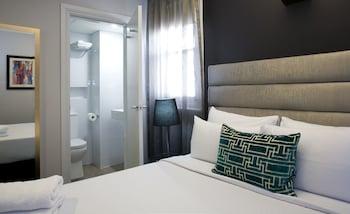 Deluxe Queen Room, 1 Queen Bed