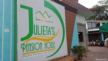 Julieta's Pension House Puerto Princesa Exterior detail