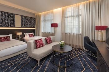 Guestroom at Primus Hotel Sydney in Sydney