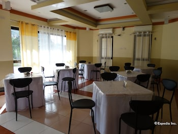 Imperial Ridge Pension House Tagbilaran Restaurant