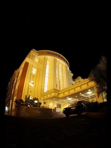 . Grand Wahid Hotel Salatiga