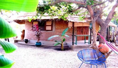 Evergreen Retreat, Kombo South