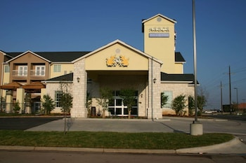 Hotel - Arbor Inn and Suites