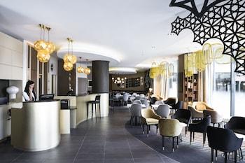 巴黎博覽會凡爾賽門飯店諾富特套房飯店