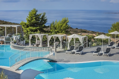 . Dionysos Village Resort
