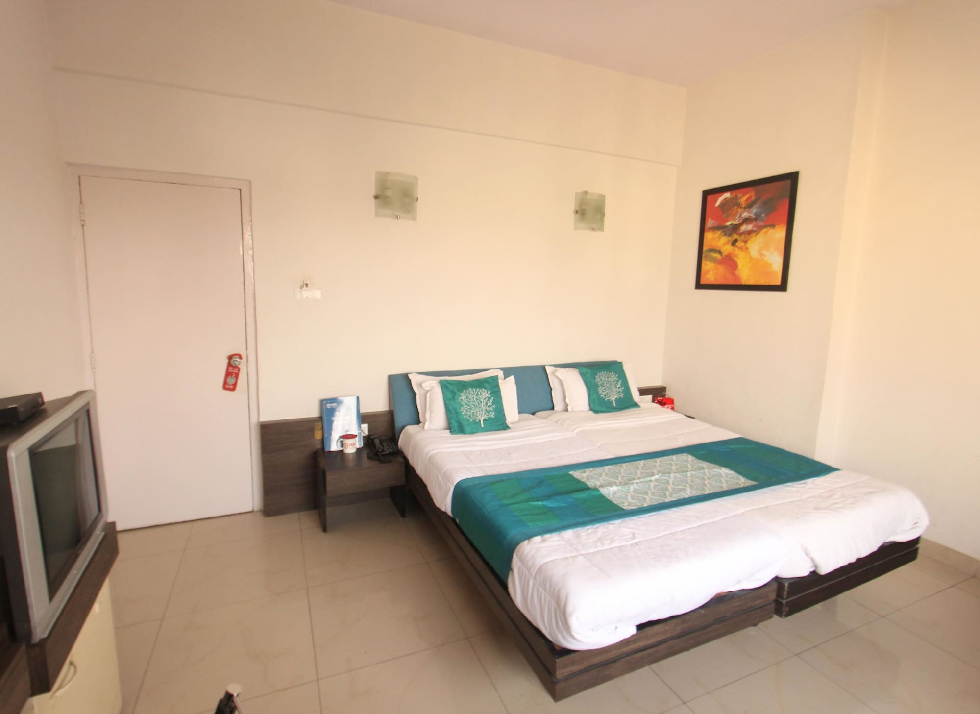 OYO 1279 Tex Palazzo Hotel, Surat