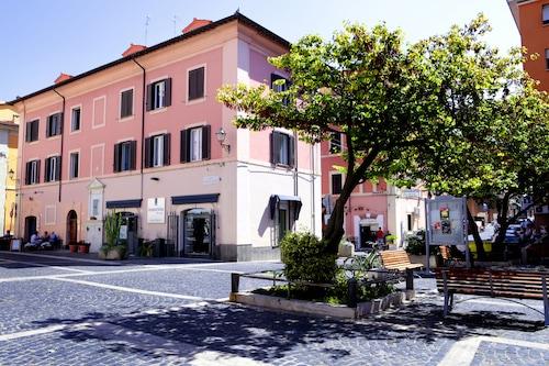 . B&B Piazza Fratti