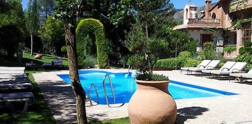 . Hotel Rural  Santa  Maria De La Sierra