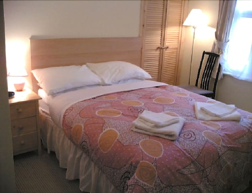 Athena Guest House, Oxfordshire