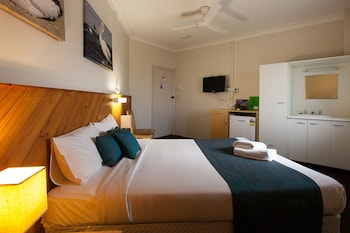 Guestroom at The Manly Hotel, Brisbane in Manly