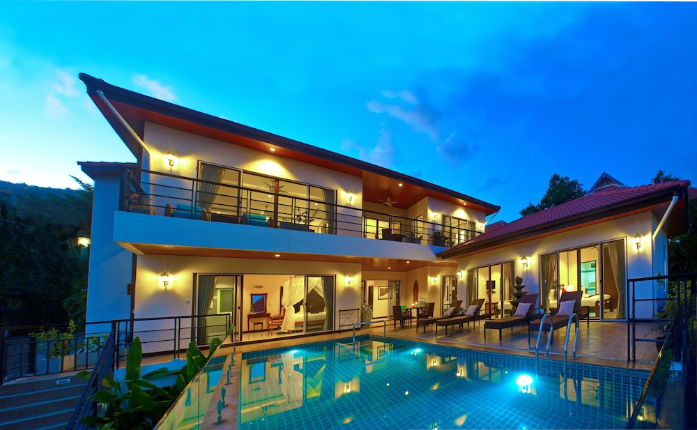 Samui Sunrise Villa