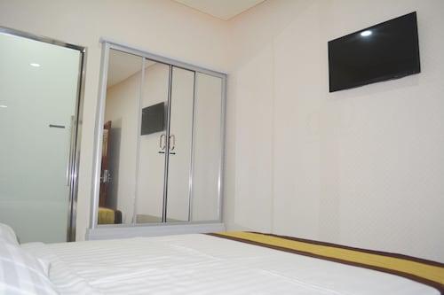 999 Hotel, Mabalacat