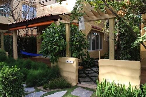 Casa Papaya, Cha-Am