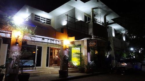 Asias Boutique Club / The Homestays, Muang Pathum Thani