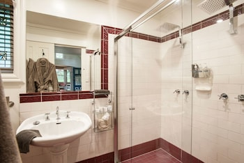 Twilight Cottage - Bathroom  - #0