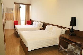 Big Hotel Cebu Guestroom