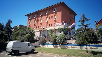 Hotel Parigi Castel San Pietro Terme