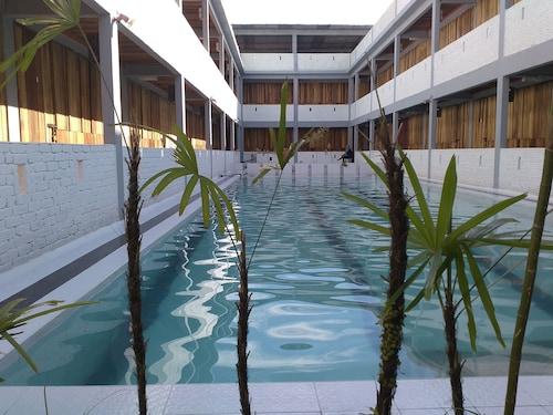 Joe Fisherman Inn, Manjung