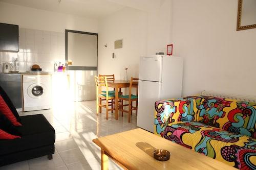Larnaka - Alora Apartments - ze Szczecina, 3 kwietnia 2021, 3 noce