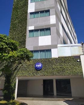 弗龍特伊科思波米納斯飯店 Front Hotel Expominas