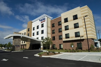 Fairfield Inn & Suites Dunn I-95 photo