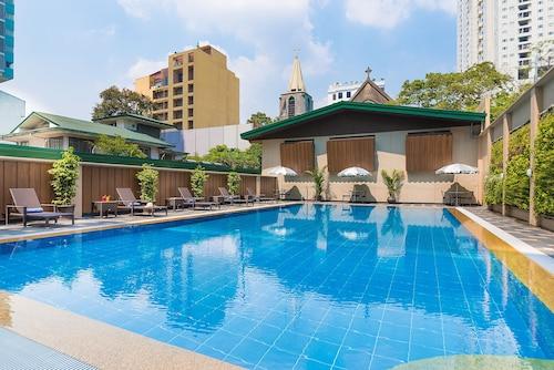 Manila - Tropicana Suites - z Krakowa, 11 kwietnia 2021, 3 noce