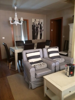 Family Apartment, 5 Bedrooms