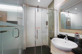 Neo Gubeng Surabaya - Bathroom  - #0