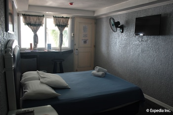 Blue Rock Beach Resort Zambales Guestroom