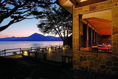 Lakeside Villa Suimeikaku, Chitose