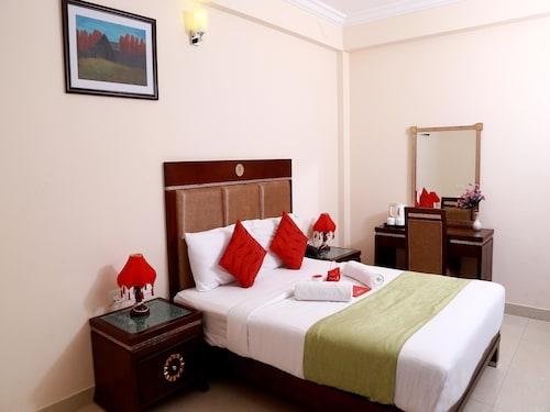 OYO 1717 Ridges Hotel, Thiruvananthapuram