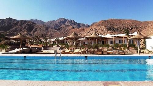 Canyon Estate Kite & Dive Beach Hotel Residence, Dahab