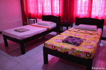 Java Pension House Bacolod Guestroom