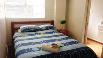 Shared Dormitory, 6 Bed, Shared Bathroom (Male Only)
