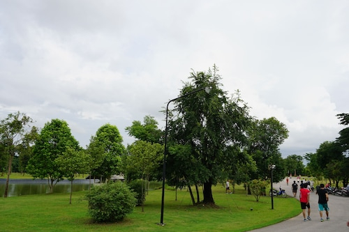 . Green View Place