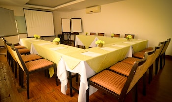 Kamana Sanctuary Resort And Spa Zambales Meeting Facility