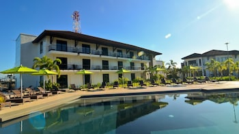 Kamana Sanctuary Resort And Spa Zambales Outdoor Pool