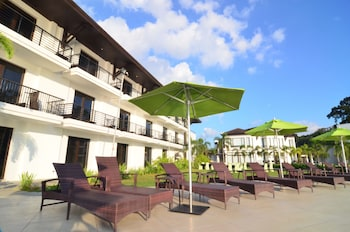 Kamana Sanctuary Resort And Spa Zambales Sundeck