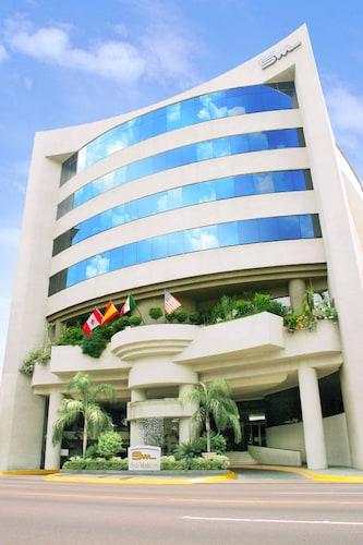 . Hotel San Marcos