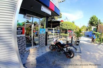 Micky Santoro Hotel & Restaurant Cebu Exterior